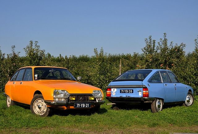 Explore #495, october 9, 2010  Remember these?  Citroën GS  Air cooled 4 cilinder boxerengines and great seventees colors...