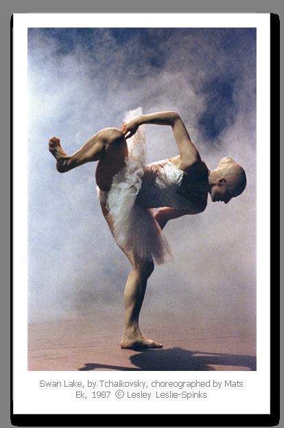 Mats Ek's Swan Lake (Cullberg ballet)