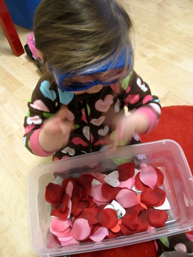 Valentine's Day Toddler Discovery Box - No Time For Flash Cards