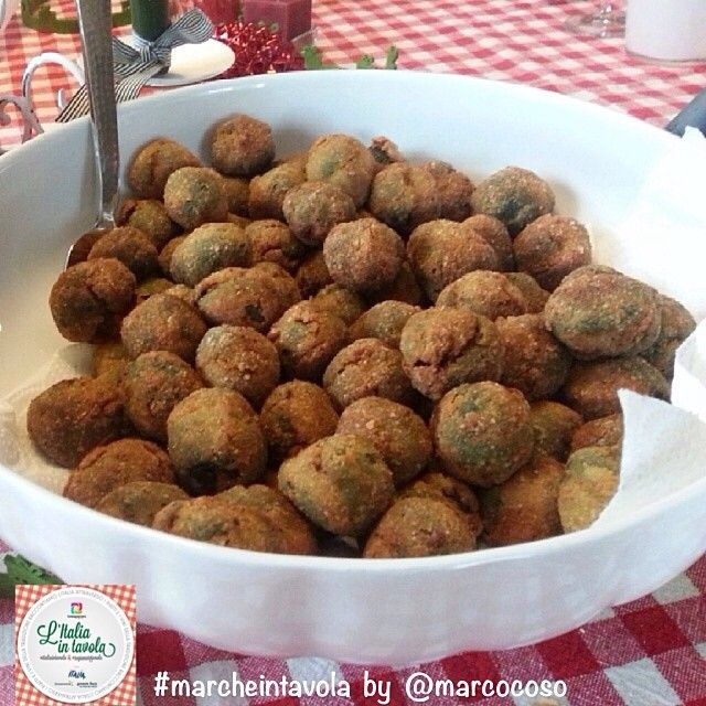 Le deliziose olive ascolane di @marcocoso per #marcheintavola #italiaintavola #marche