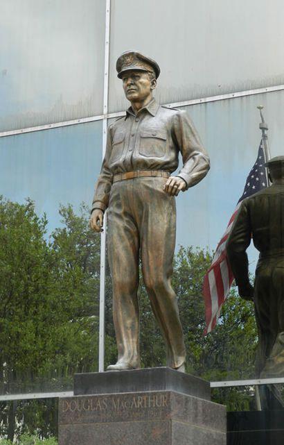 Brownwood Tx - McArthur Statue