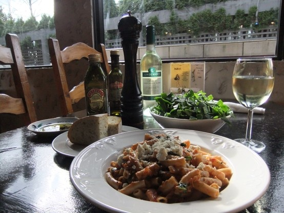 A tasty chicken, spinach & feta penne tossed in our house rose sauce, served with freshly baked bread and paired with a glass of LIndemans Sauvignon Blanc. Offered on our Chef's Creations Menu