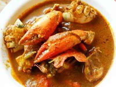Kepiting Rebus - Berikut ini ada cara membuat atau masak memasak olahan video resep kepiting rebus bumbu santan rica rica saus tiram asam manis yang paling enak serta pedas.