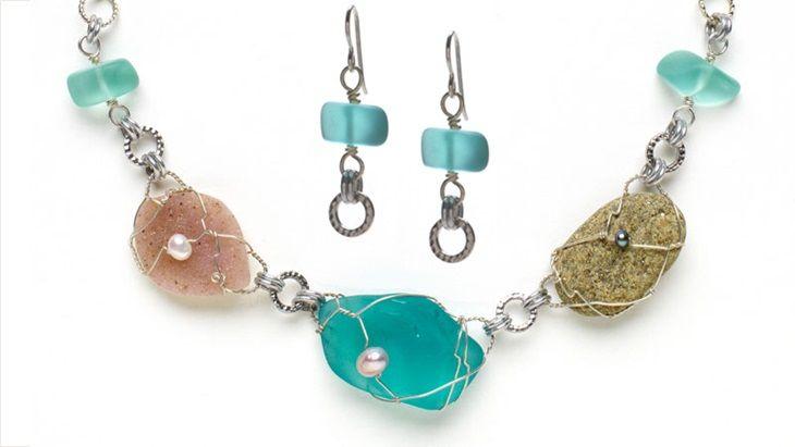 Glass insulator earrings_hero