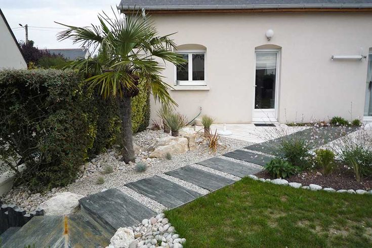 1000 id es sur le th me patio en ardoise sur pinterest for Idee amenagement entree exterieure