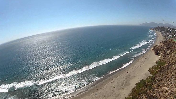 Parapente sobre Playa Aguas Blancas