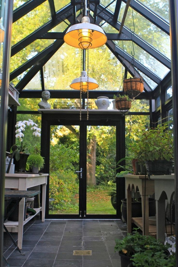 Garden Room interior. http://garden-greenhouse.se/