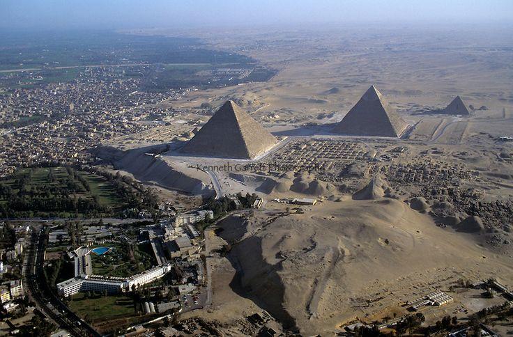 pyramids of egypt city