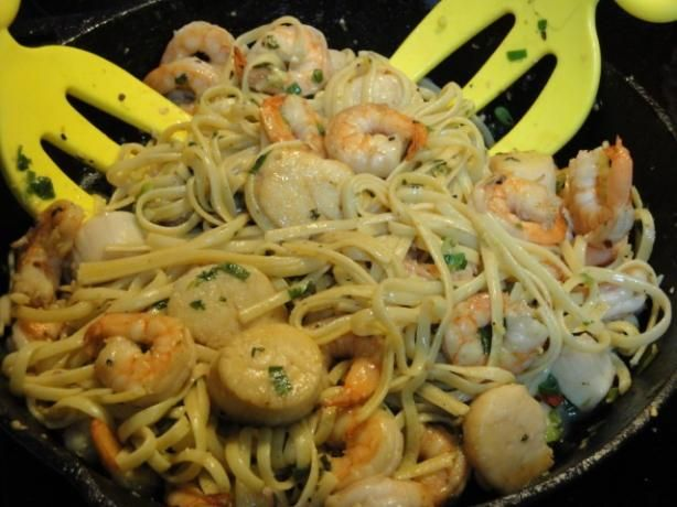 Firecracker Curried Scallops With Linguine Recipe — Dishmaps