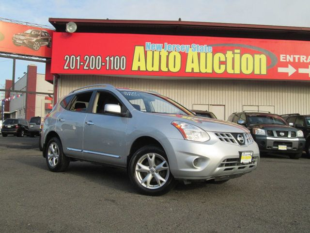 2011 Nissan Rogue AWD 4dr SV - Click to see full-size photo viewer