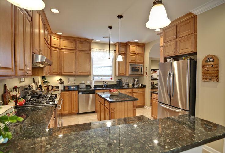 Kitchen ideas maple cabinets kitchen ideas pinterest for Kitchen remodel keeping oak cabinets
