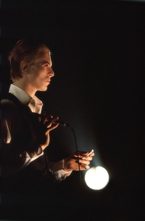 David Bowie photographed by Andrew Kent, 1975