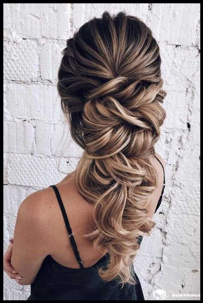 The best wedding hairstyles to inspire you to build your own