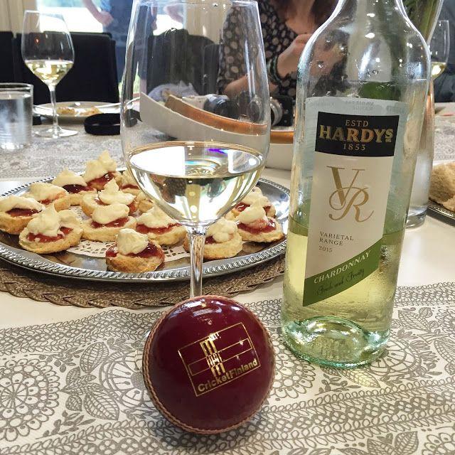 Kulinaari: Iltapäiväteellä Hardy´s viinien ja kriketin pariss...