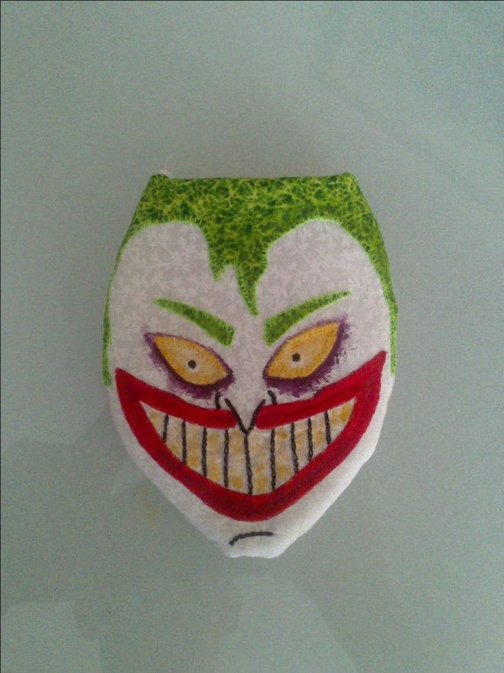 Monedero  joker. $20.000 pesos, Colombianos.