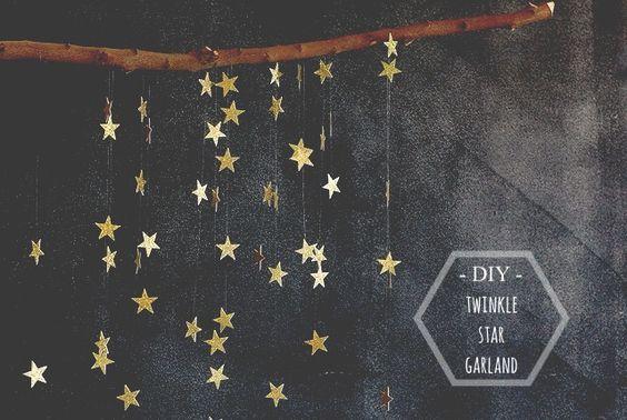 夜空いっぱいに輝く星を、簡単DIYでガーランドにしました。