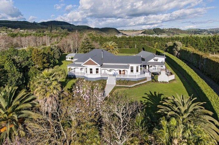 New Zealand Villa   Drury