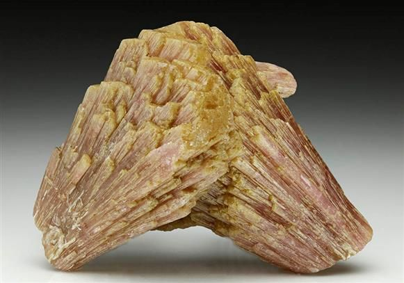 Elbaite Tourmaline from Burma (Myanmar). Crystal Classics Minerals