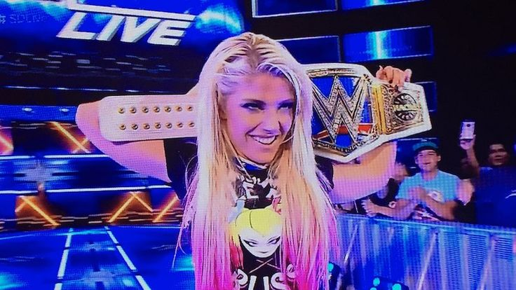 Alexa Bliss Is The New WWE SmackDown Women's Champion