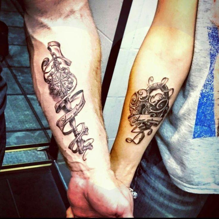 Тату на предплечье. Татуировки сделаны по предварительно подготовленным эскизам, двумя сеансами, мастером художественной татуировки Вадимом,  в студии тату Evolution. www.evotattoo.ru. #tattoo #key #heart #key_and_heart #black_and_gray #Gray_tattoos #ink_masters #love_tattoos #style #glamour #beauty #тату #татуировки #парные_тату #тату_сердце_и_ключ #арт #парные_татуировки #ключ_и_сердце #искусство #тату_мастер_Вадим #тату_студия_evolution Студия тату и пирсинга Evolution