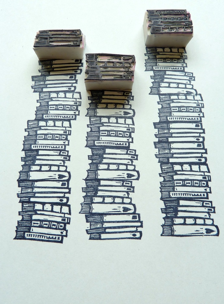Hand-carved rubber stamps - stack of books ||| DIY, stationery, planner