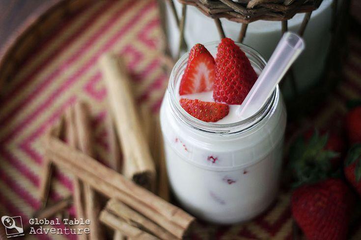 Strawberry Almond Horchata. Sounds sooooo scrumptious