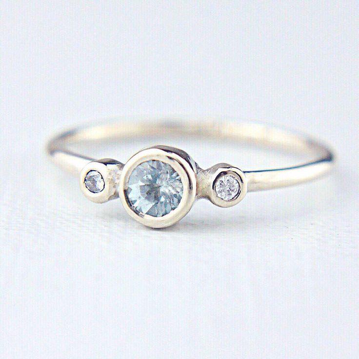 Aquamarine & Diamonds in White Gold 💙
