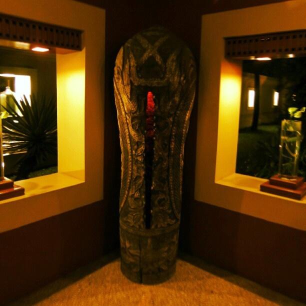 Coffin mystery #indonesia #bogor #coffin #mystery #night #light #instanusantara #novotelbogor #hotel #corner - @adibwafi- #webstagram