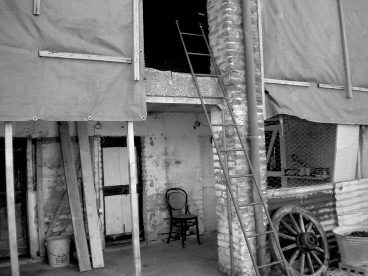 """Monticelli d'Ongina, cascinale - (durante le riprese di """"Accade in un attimo"""", cortometraggio di QUEM quintelemento) - foto di Claudio Rancati"""