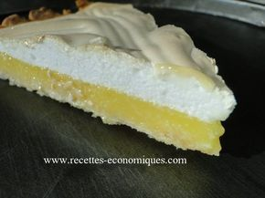 La recette de la tarte au citron meringué avec le thermomix tm31 : une recette très facile, rapide et avec une meringue extra dessus, la crème citron est bien gouteuse.