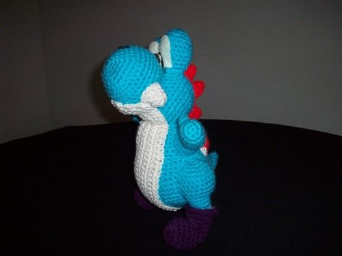 Free Yoshi crochet pattern! My boys would go crazy if I made them one!