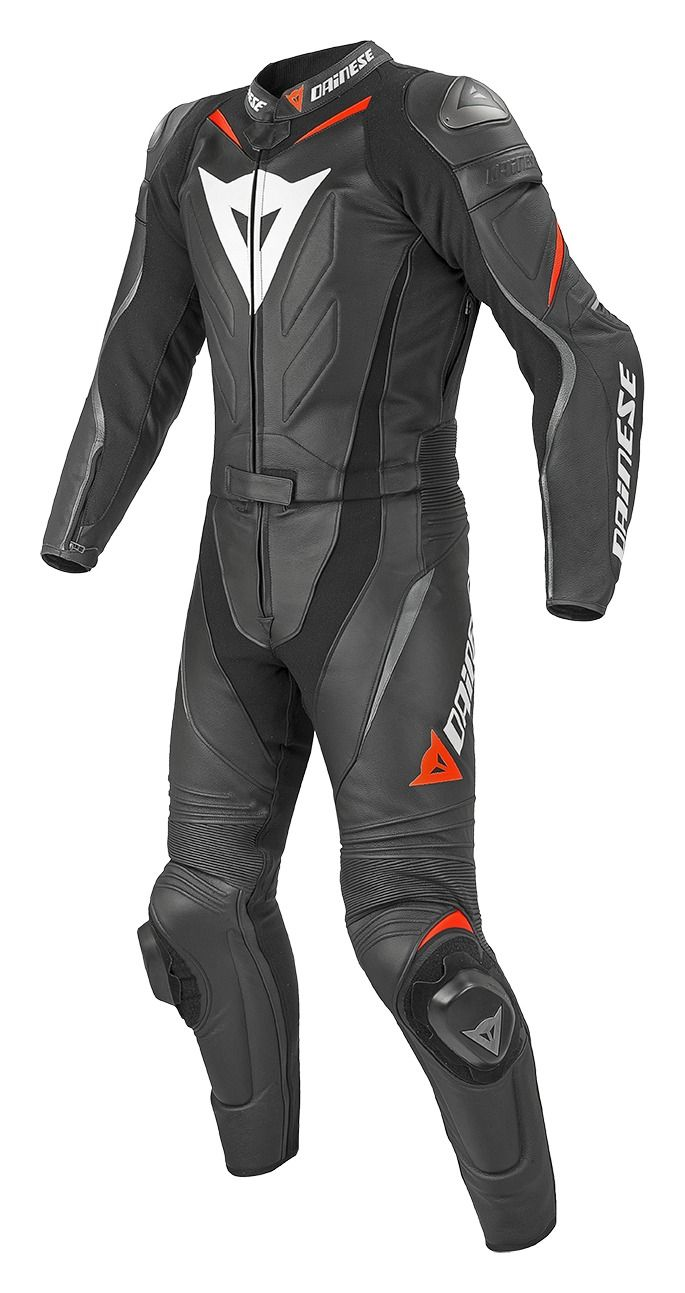 A myth of Dainese tradition reinvented: The Laguna Seca further improves the already excellent ergonomics thanks to the introduction of patented technical so...