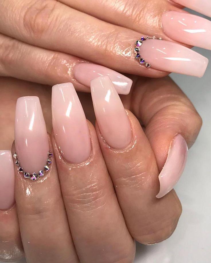 Pin by Jas on Nailzzzz⭐️ | Nails, Nail shape, Pretty nails