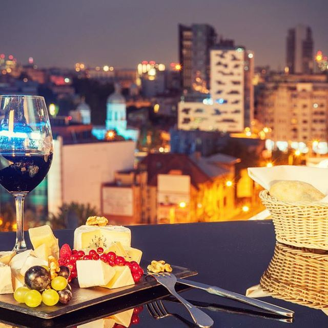 NH HOTELS  Modernos y lujosos, en medio de un entorno y de un paisaje ideal #NHBudapestCity - nhhotel.to/1miqk6I