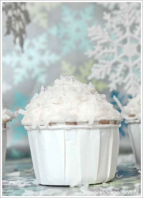 Italian Cream Cake Cupcakes from Half Baked - The Cake Blog, a very nice baking site!Snowball Cupcakes, Cupcakes Fever, Cake Cupcakes, Cream Cupcakes, Cake Blog, Cream Cheese, Italian Cream Cakes, Cupcakes Rosa-Choqu, Cream Snowball