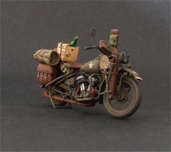 US Harley Davidson WLA 42, ITALERI 1/35 scale. By Paweł Leszczyński. #motorcycle #WW2 #scale_model
