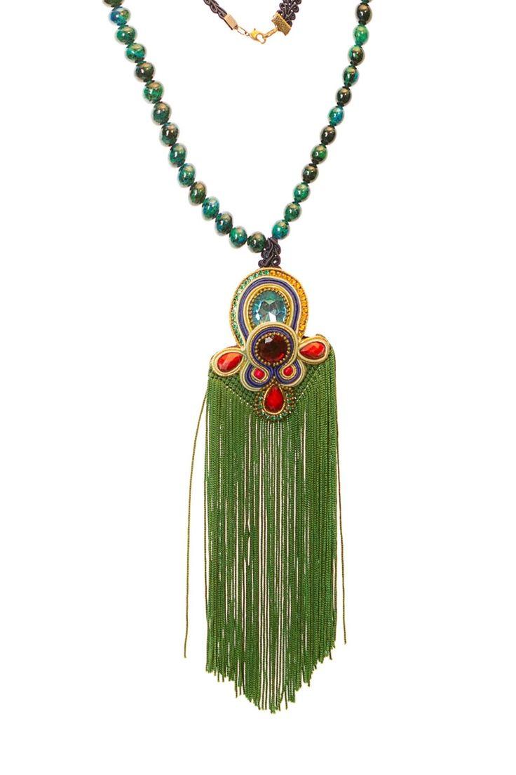 Original collar de #flamenca en tonos verdes y dorados de BR Complementos. Más