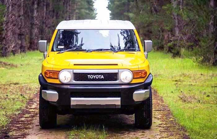 2019 Toyota FJ Cruiser: Real Boxy SUV with Stunning Redesign