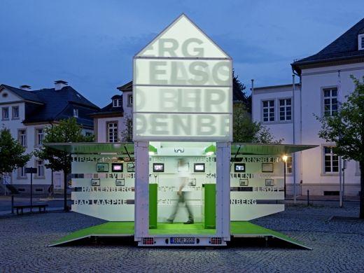 Moving Icon by Kalhöfer-Korschildgen via Frameweb.com