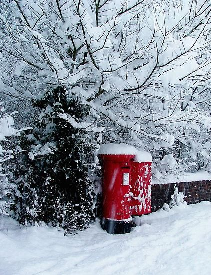 UK under snow | CostMad do not sell this idea/product. Please visit our blog for more funky ideas