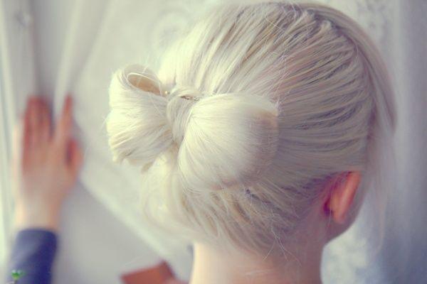 . (originally seen by @Takishajjj201 )White Hair, Hairbows, Bows Ties, Bows Buns, Buns Hairstyles, Lady Gaga, Bows Hairstyles, Hair Style, Hair Bows