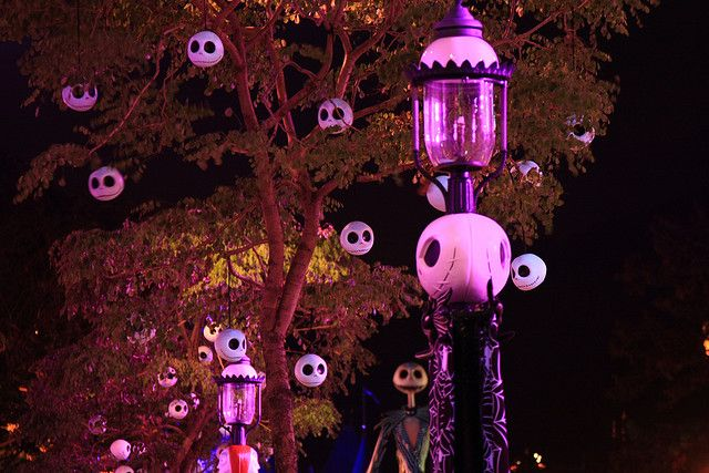 172 best images about nightmare before christmas for the for Disney halloween home decorations
