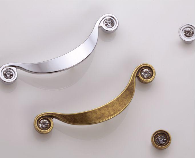 Kolekcja Sorriso Cristal #gamet #doorknob #doorhandle #knobs #handles #design #retro #rustical #vintage