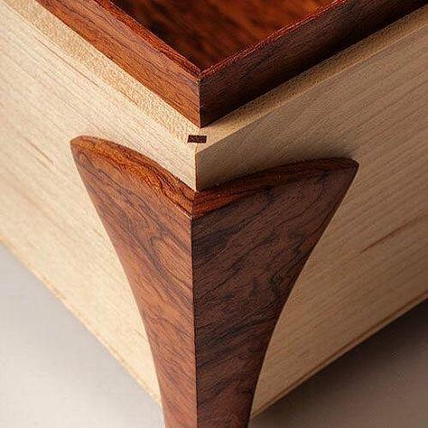 The corner of s beautiful Maple & Bubinga Jewelry Box by Tony Clark #jewelrybox #tonyclark #woodwork #maple