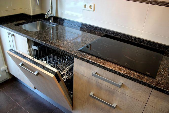 Dise o de cocinas dise o de cocinas en ciempozuelos for Tableros para encimeras cocina
