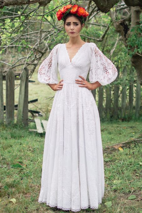 """""""Frida"""" Vintage Dress   50 Dreamy Wedding Dresses You'll Fall In Love With - SO IN LOVE!"""