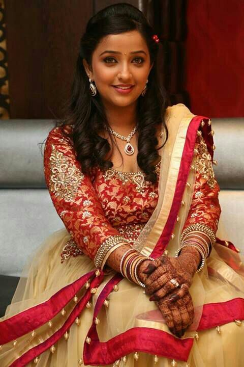 Cute Marathi Actress Wallpapers Pin On Marathi Katta