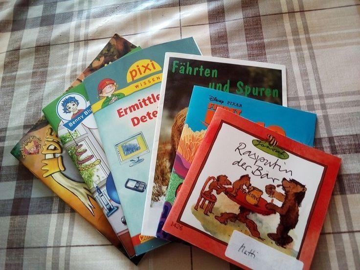 8 kleine Bücher