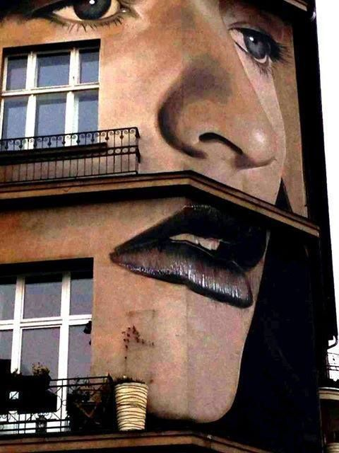 """Artist : Rone """"in Berlin""""... Can't wait to see this shit! -Phoebe"""