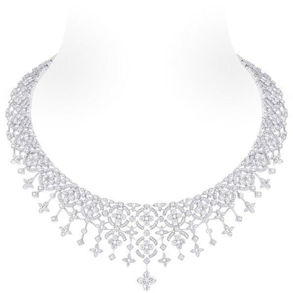 White gold necklace, 1 Louis Vuitton cut diamond (2.58 kt), 953 Diamonds (14.05 kt): Cut Diamonds, Vuitton Dentelle, Louis Vuitton, Dentelle D Hiver, Diamonds Totally, 953 Diamonds, White Gold, Vuitton Cut, Diamonds Necklaces